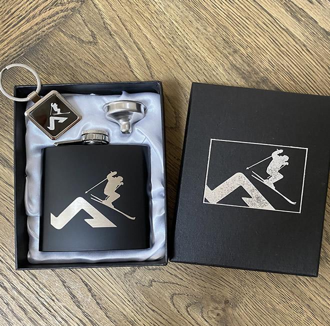 Ski Hip Flask Gift Set